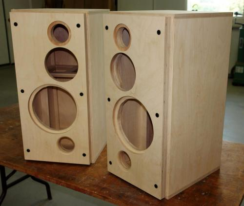 Baltic plywood speaker case